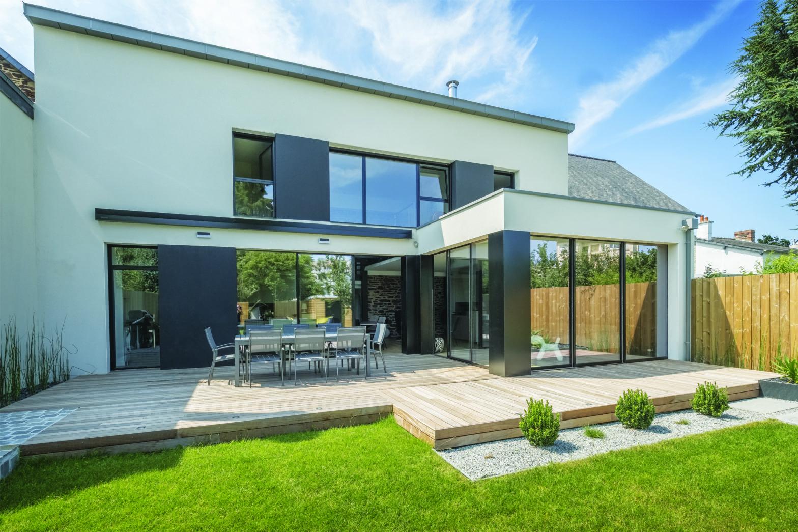 Façade jardin extension maison rennes architecte